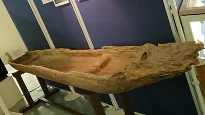 加曽利貝塚の丸木船