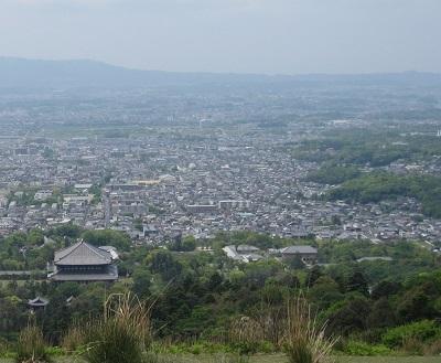 平城京のあった奈良市街(若草山から)